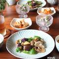 夏野菜と豚ばら肉のお酢炒め。きゅうりと鯛のマリネ。