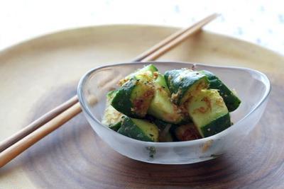 胡瓜の浅漬け(和風カレー風味)