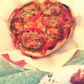 キャンプ飯!ダッチオーブンで焼く発酵なし簡単ピザ!