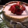苺たっぷりババロアケーキ