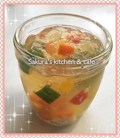 夏に嬉しい♡冷たいオカズ☆鶏と彩り野菜のゼリー寄せ