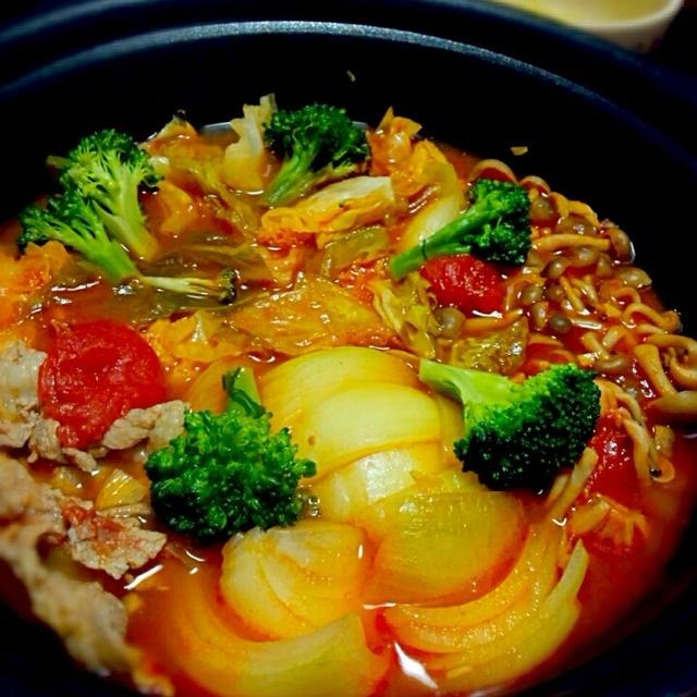 さっぱり☆豚こまトマト鍋