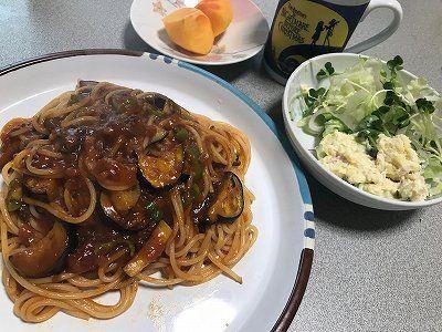 青唐辛子入り茄子のミートソーススパゲッティ