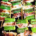 丸オクラと玉葱の豚肉巻きの串焼き。 by mosnogohanさん