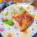フライパンで☆鶏もも肉のニンニクレモン焼き