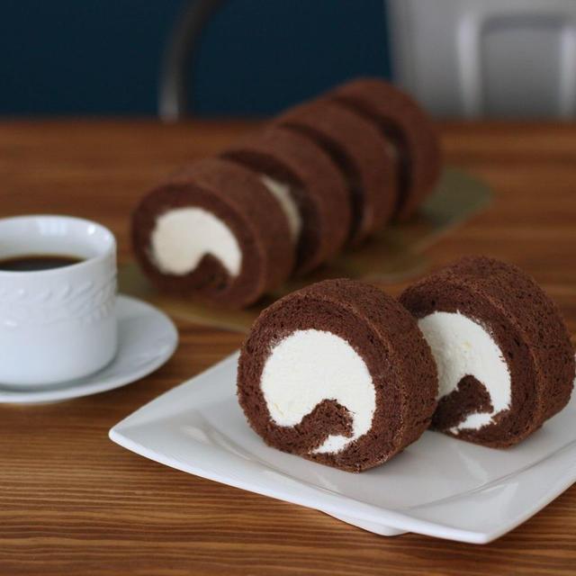 カフェ気分なロールケーキ
