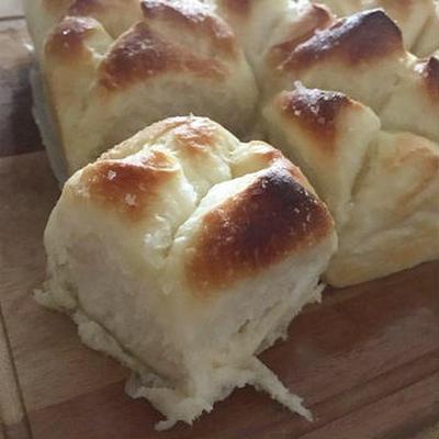 🔖🍞塩バターやわらかちぎりパン(生地HB使用)