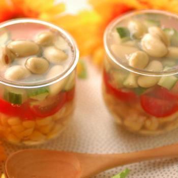 「青大豆と夏野菜の寒天寄せ」