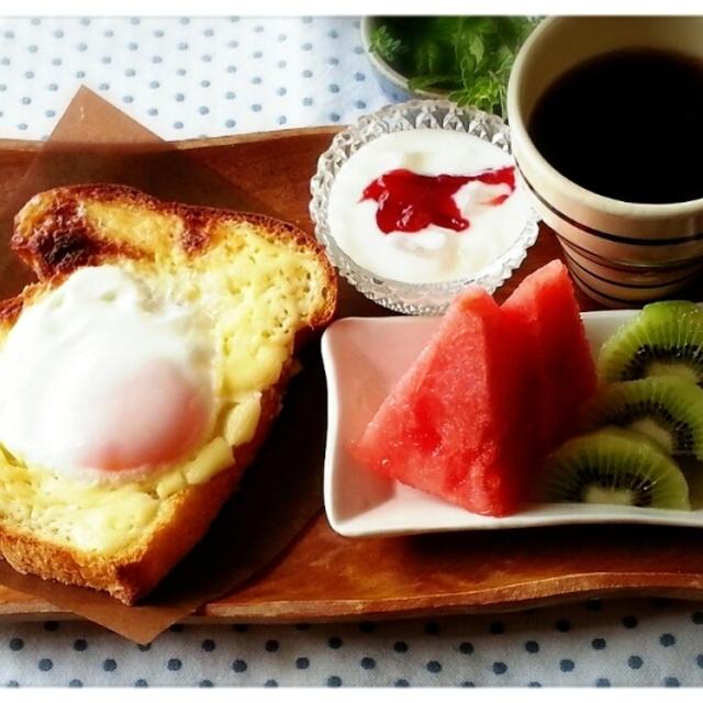ダブルソフト風ワンローフの贅沢パンでトーストモーニング楽しんでま~す♡(* ̄∇ ̄*)