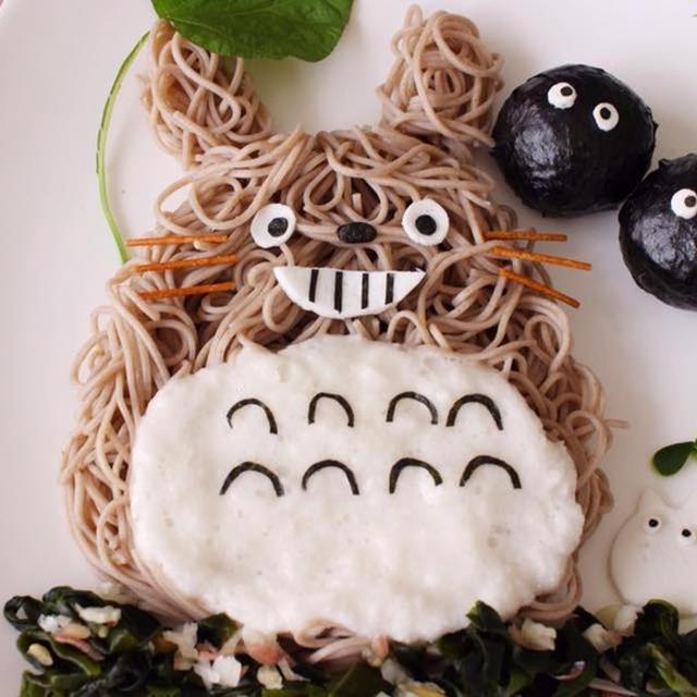 キャラご飯☆お蕎麦でトトロ&まっくろくろすけ&小トトロ「ミン」