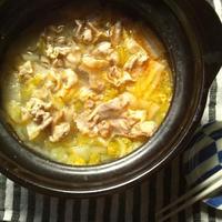 白菜漬けと豚肉の、中華風鍋