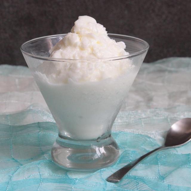 牛乳消費に!材料3つで簡単。ラッシーシャーベットの作り方。