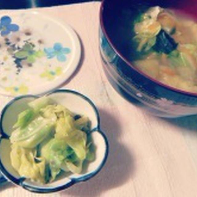 野菜たっぷり味噌汁♪