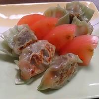 牛肉とトマトのギョーザ♪  #ハウス食品 #GABAN #スパイス #バル