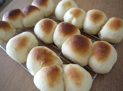 牛乳パックで・・ちぎりパン