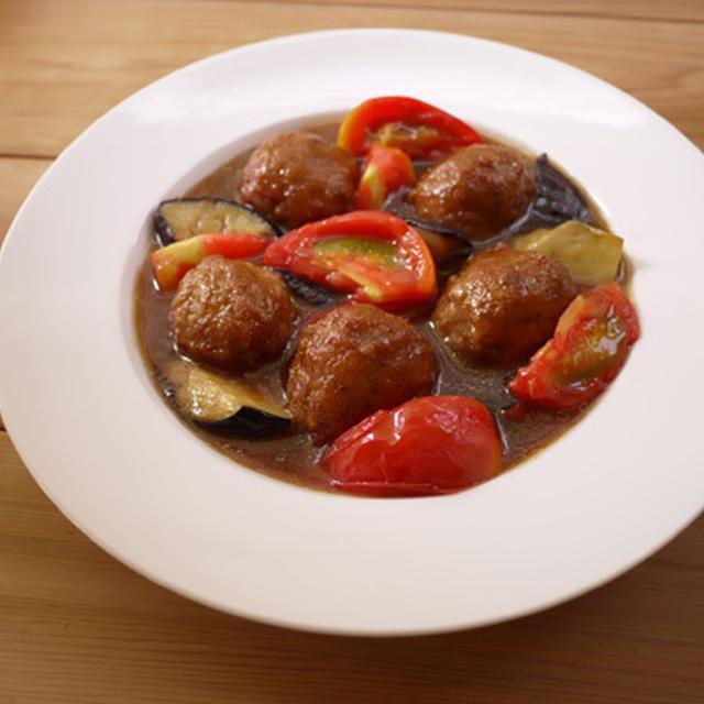 肉団子となすとトマトの黒酢あん