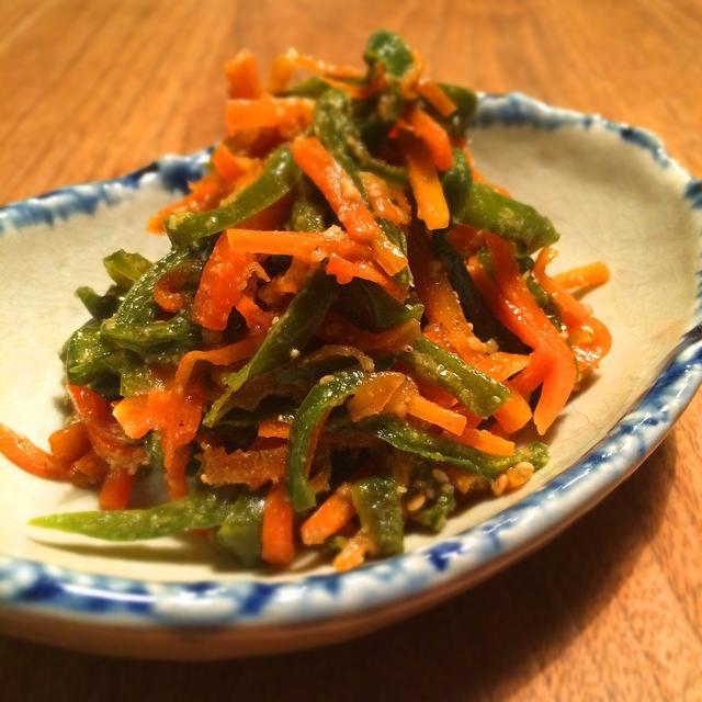 【簡単・常備菜】人参とピーマンの炒め煮
