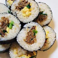 すき家の牛丼の具で簡単!!  韓国海苔巻き『キンパ』風に作ってみました☆彡