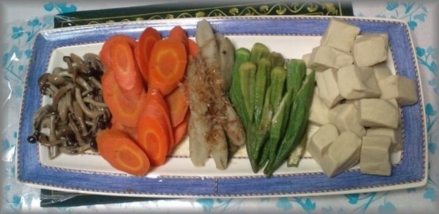 6. 高野豆腐と野菜の炊き合わせ
