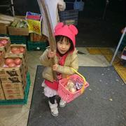 スーパーにお買い物に行きました!!