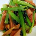 魚肉ソーセージと小松菜のオイスター炒め