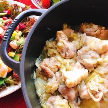 鶏もも肉のキャベツ煮込み(動画レシピ)