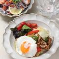 タイ風ホイコーロー丼とエスニック料理の日