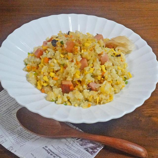 ゴロゴロ焼豚と卵のパラパラ ふっくら♪五目チャーハン