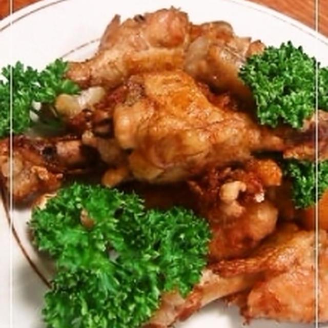 箸で切れる鶏の唐揚げ