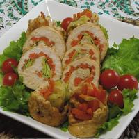 野菜もたっぷり!鶏ムネくるくるロール生姜風味。