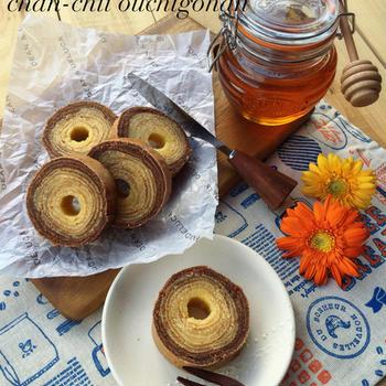アレとアレを使ってお家でもしっとり美味しい♡2層のバウムクーヘン♪ と 誕生日ケーキのサプライズ。