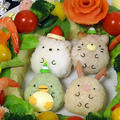 クリスマスレシピ♥クリスマスリースサラダとすみっコぐらしのキャラご飯