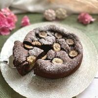 大さじ1の粉で作るスフレみたいなチョコバナナケーキ