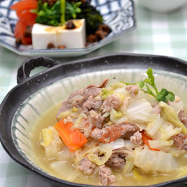 豚肉と白菜の汁だく塩えのき炒め。手作り調味料で簡単2品の晩ご飯。