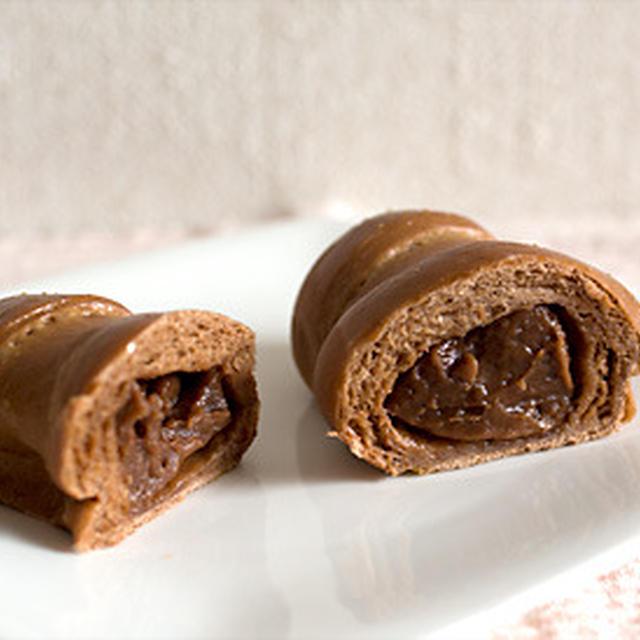 ホシノ天然酵母のチョコクリームロールパン