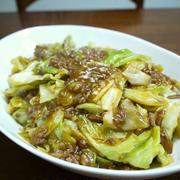 【簡単レシピ】キャベツと挽き肉のピリ辛オイスター炒め♪