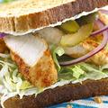 チキンとクリームチーズのサンドイッチ