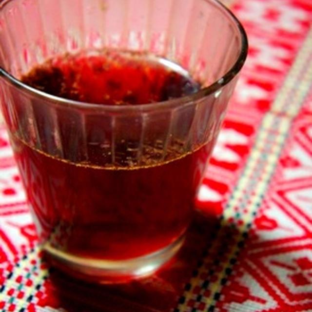 まるでホットワインなノンアルコールカクテル、ぶどうジュースでグリューワイン