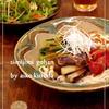鍋一つで!蒸し野菜と鶏のサラダうどん