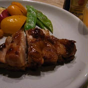 花椒風味の鶏の照り焼き & 彩り野菜のガーリック&オニオン炒め