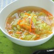 簡単時短の晩ご飯にすぐ出来る〜生姜でぽかぽか!たっぷりキャベツのおかずスープ。