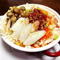 モランボンPREMIUM鍋『野菜たっぷりのキムチごま坦々鍋』