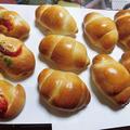 今日はパン焼いたよ~ ソーセージ・チョコロール・ロールパン~♪トートバッグ無くした~~
