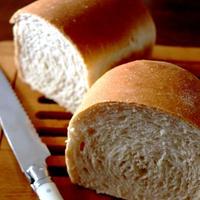 全粒粉入りのミニ食パンと・・ランチ♪