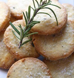 さわやか風味にやみつき♪ローズマリークッキーの作り方