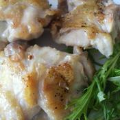 鶏手羽元肉のジューシーハーブチキン