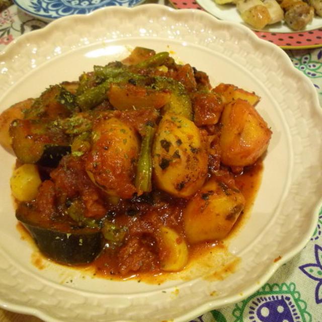 いろいろ野菜のトマト煮込み