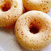 シナモン風味の焼きドーナツ