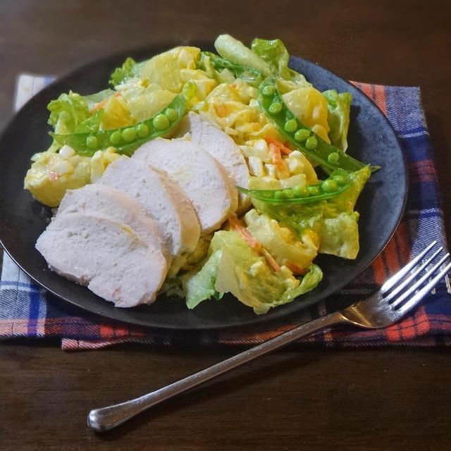 鶏むね肉と春野菜のタルタルワンプレートサラダ