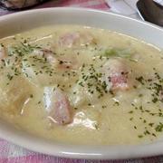豆乳でとろり♪ 豆乳でかぶとベーコンのクリームスープ